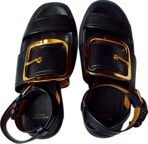Givenchy Chunky Calfskin Leather Gold Oversized Black/Gold Sandals