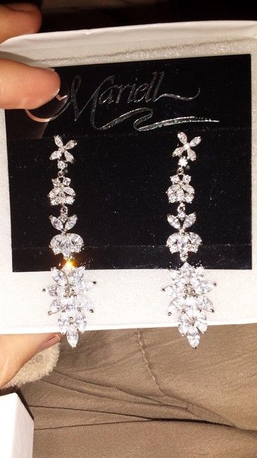 Item - White Sparkling Marquise Cluster Drop Earrings