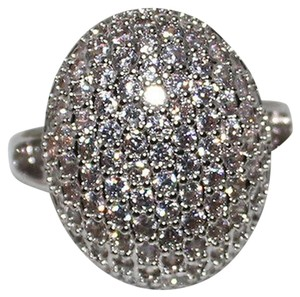 9.2.5 breathtaking huge white sapphire royal cluster ring size 9