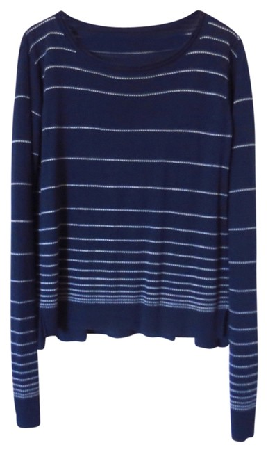 Preload https://img-static.tradesy.com/item/1145694/martin-osa-navy-knit-striped-sweaterpullover-size-4-s-0-0-650-650.jpg