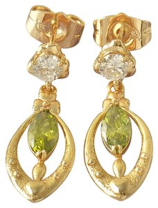 New Classic Gold Filled Olives Green CZ Heart Dangle Earrings