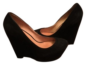 L.A.M.B. Blac Wedges
