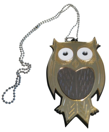 Preload https://img-static.tradesy.com/item/1145954/gold-vintage-plastic-owl-with-ball-chain-necklace-0-0-540-540.jpg