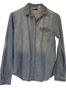 BDG Chambray Demin Shirt Urban Outfitters Button Down Shirt Jean