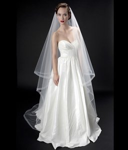 Alita Graham For Kleinfeld White Long Stunning And Dramatic Two Tier Cathedral Length Bridal Veil