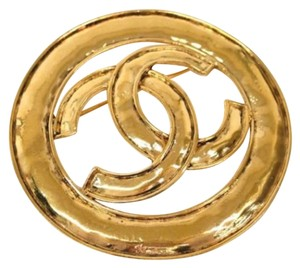 Chanel Chanel Vintage CC Gold Tone Metal Pin Brooch In Box
