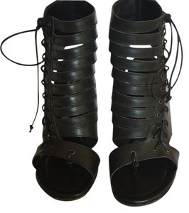 Manolo Blahnik Bootie Caged Gladiator 7.5 8 Black Sandals