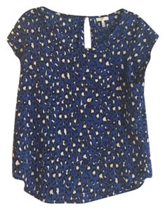 Joie Top Blue black white
