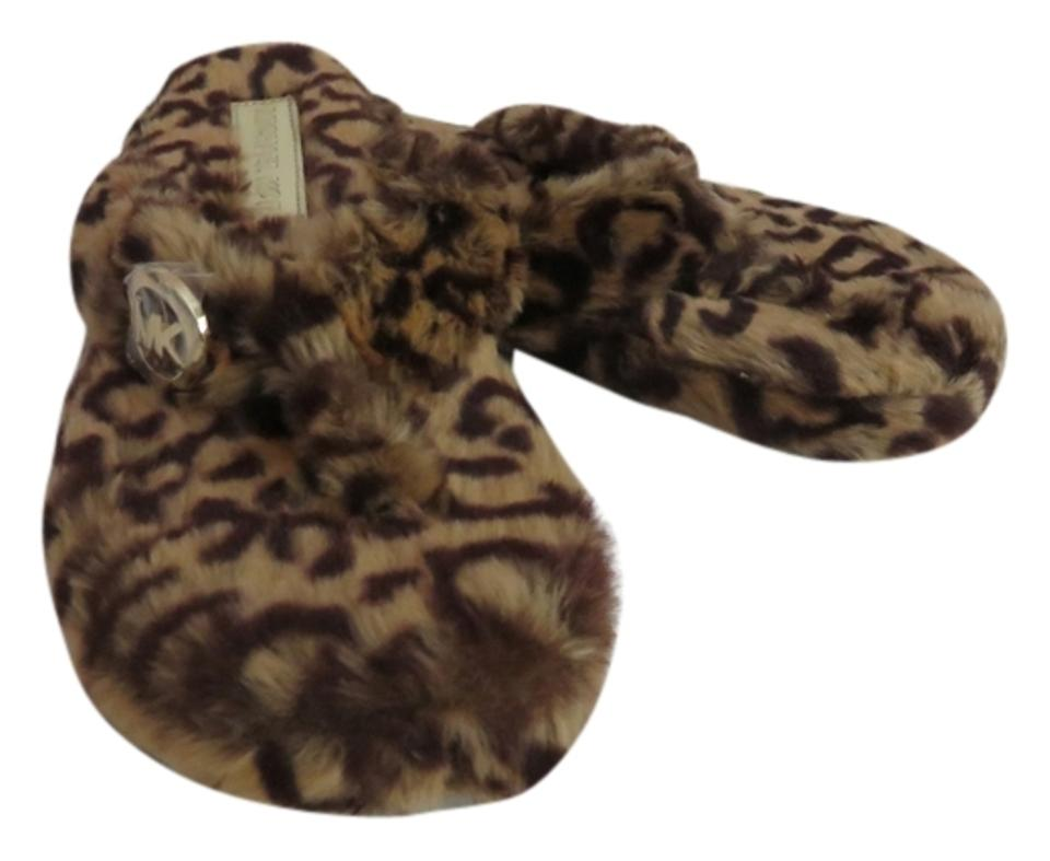 80dfe7438149 Michael Kors Brown Black New Women s and Animal Cheetah Leopard Print Faux  Fur Thong Flip Flop Slippers Flats