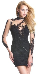 Janique Size 8 Black Short Lace Dress