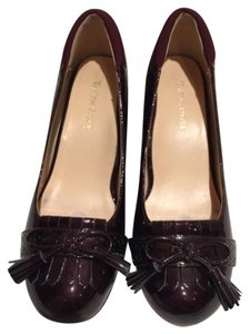 Taryn Rose Leather Dress Leather Work Comfortable Burgundy Patent Pumps