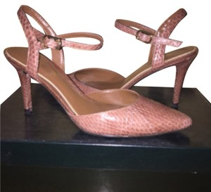 026c647a308 Ralph Lauren Pumps - Up to 90% off at Tradesy