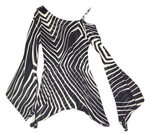 R Jean Blouse Animal 70's Top Black and White
