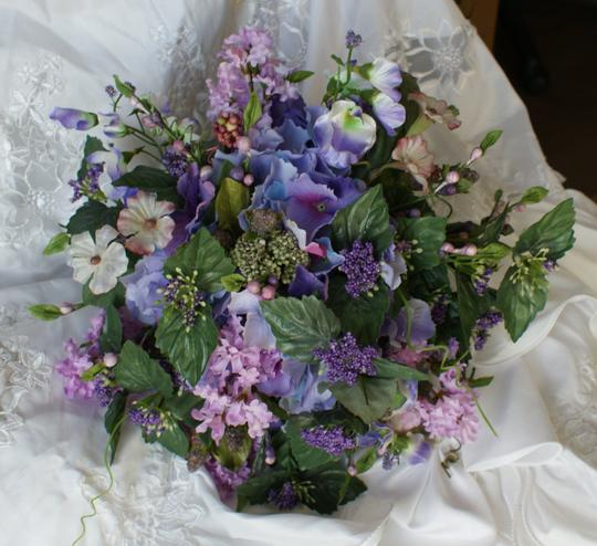 Lifelike Spring Wildflower Style Package Other