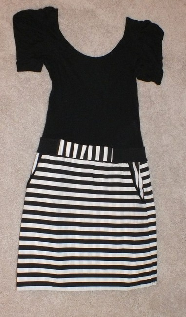 Vero Moda short dress Black, White Pockets Open Back on Tradesy