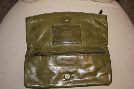 Hobo International Leather Zipper Olive Green Clutch