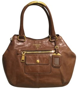 Prada Satchel in Palissandro (Brown)
