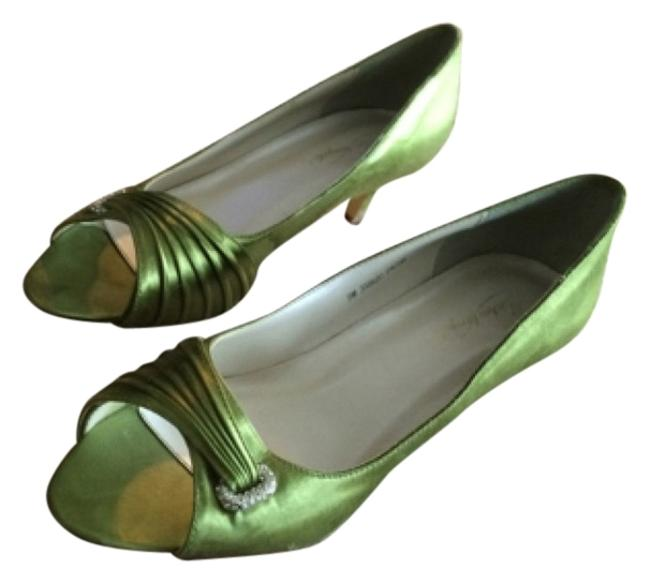 Item - Green Pumps Size US 9 Regular (M, B)