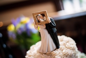 Wedding Cake Topper 'picture Perfect Couple'