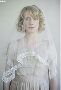 BHLDN Ivory Medium Twigs and Honey Silk Tulle with Lace Bridal Veil