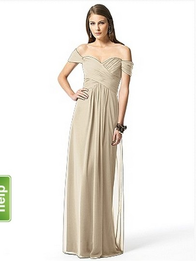 Dessy Palmino / Champagne Chiffon Collection Style 2844 Traditional Bridesmaid/Mob Dress Size 4 (S)