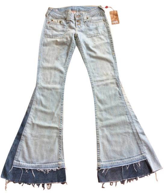 Item - Light Wash 17 Inch At The Bottoms Flare Leg Jeans Size 28 (4, S)