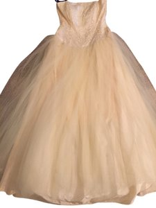 Niki Lavis Prom Ball Gown Gown Dress