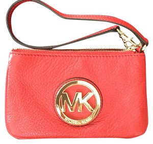 Michael Kors Leather Pebbled Zip Top Closure Two Slip Pockets Wristlet in Deep red (like 3rd pic)