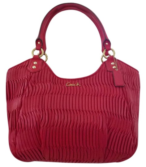 Preload https://item2.tradesy.com/images/coach-ashley-gathered-red-leather-shoulder-bag-11502316-0-3.jpg?width=440&height=440