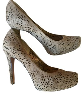BCBGeneration Suede tan Pumps