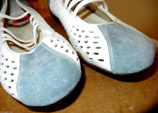 Rieker Size 11 European White & Steel Grey Flats