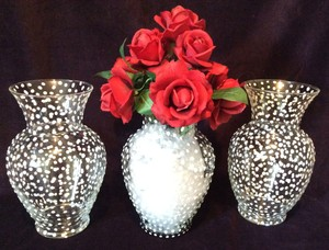 8 Clear Glass Vases With Polka Dot Pattern
