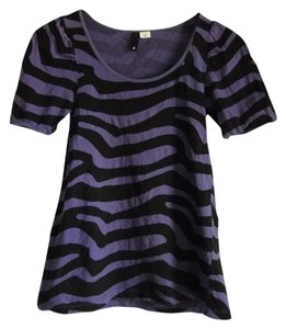 Divided by H&M Zebra Tiger Animal Print T Shirt purple