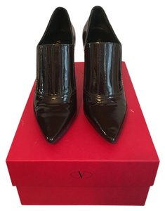 Preload https://item2.tradesy.com/images/valentino-brown-patent-leather-price-reduced-bootsbooties-size-us-6-regular-m-b-11510461-0-1.jpg?width=440&height=440