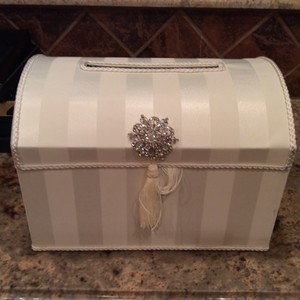 Party City Wedding Gifts Used