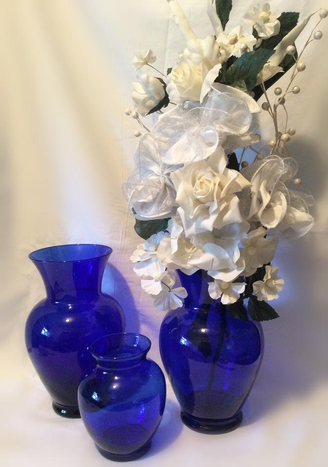 Cobalt Blue 10 12 Tall And A 6 Glass Vase Reception Decoration
