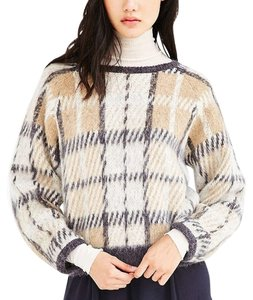 Joan & David Plaid Crewneck J.o.a Raglan Sleeves Acrylic Mohair Wool Polyester Dryclean Cream Gray Detailing Supersoft Stylish Sweater
