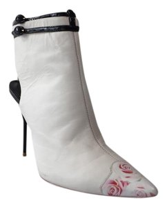 Sophia Webster Gardenia Shoe White/black Boots