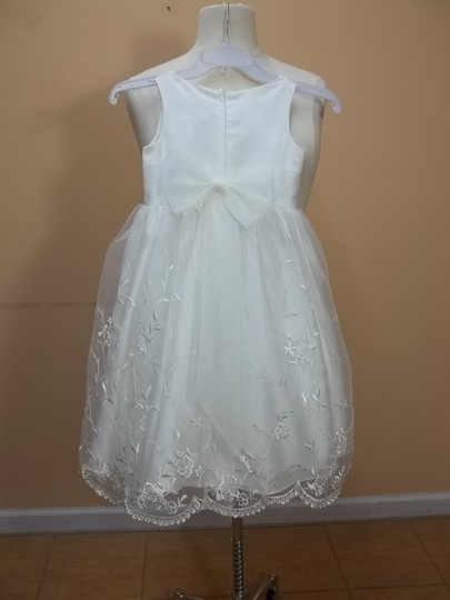 Alfred Angelo Ivory 6527 Size 6 Dress