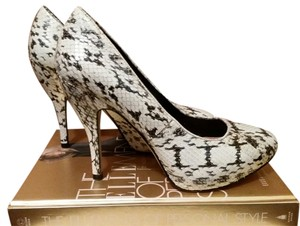 Vince Camuto Black and white snakeskin Pumps