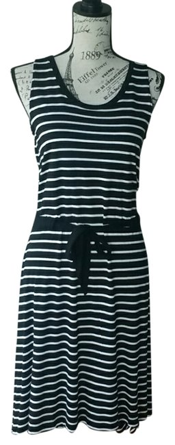 Preload https://item5.tradesy.com/images/gap-black-striped-mid-length-casual-maxi-dress-size-0-xs-1153229-0-0.jpg?width=400&height=650