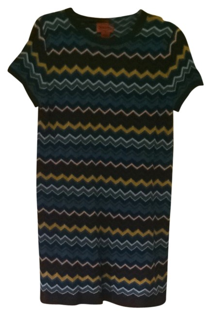 Preload https://item4.tradesy.com/images/missoni-for-target-multi-blue-sweater-mid-length-short-casual-dress-size-8-m-1153978-0-0.jpg?width=400&height=650
