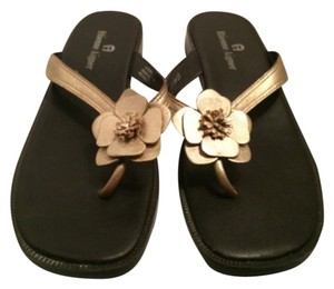 Etienne Aigner Black with metallic gold flower Sandals