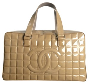 Chanel Patent Speedy Patent Leather Tote in Beige