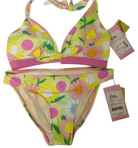 Lilly Pulitzer NEW 2pc Lilly Pulitzer bikini Size: 6