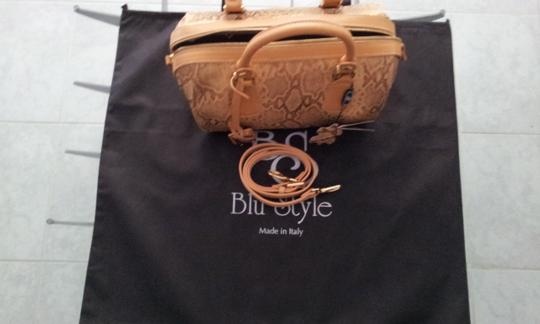 Blu Style Leather Baguette
