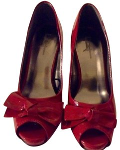 Forever 21 Sexy Bow Night Out Red Pumps