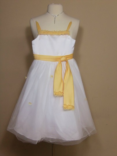 Alfred Angelo White/Sunshine 6639 Formal Bridesmaid/Mob Dress Size OS (one size)