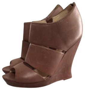 Alexandre Birman Brown Wedges