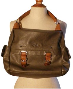 Jessica Simpson Large Size Striking With Tie Downs Like New Shoulder Bag